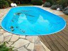 algues dans une piscine